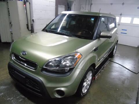 2013 Kia Soul for sale at C&C AUTO SALES INC in Charles City IA