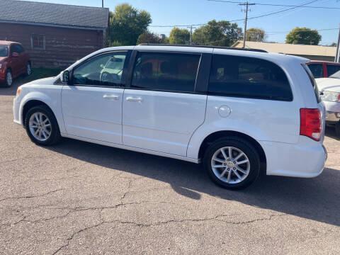 2015 Dodge Grand Caravan for sale at Dakota Auto Inc. in Dakota City NE