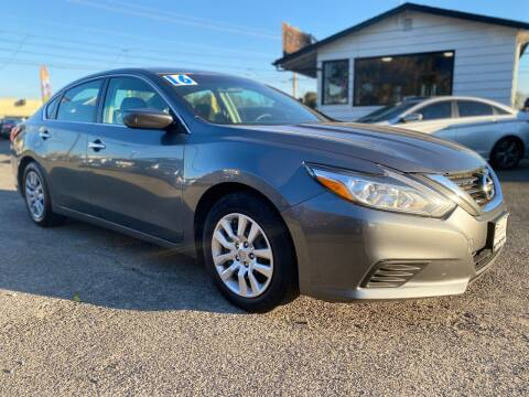 2016 Nissan Altima for sale at Universal Auto INC in Salem OR