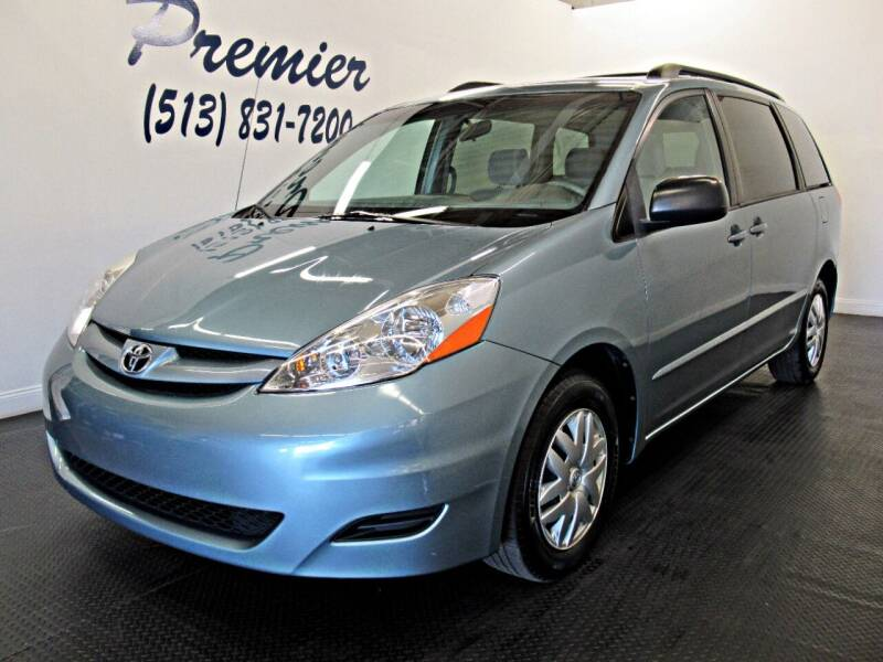 2007 Toyota Sienna for sale at Premier Automotive Group in Milford OH