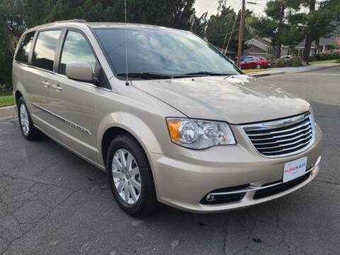 2013 Chrysler Town and Country for sale at CAR CITY SALES in La Crescenta CA