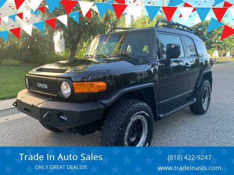 2011 Toyota FJ Cruiser for sale at Trade In Auto Sales in Van Nuys CA