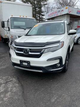 2019 Honda Pilot for sale at Drive Deleon in Yonkers NY