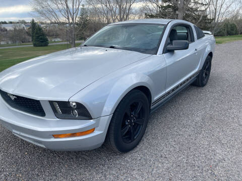 2005 Ford Mustang for sale at BELOW BOOK AUTO SALES in Idaho Falls ID