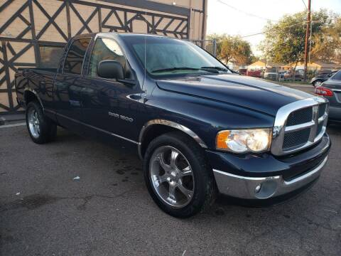 2003 Dodge Ram Pickup 1500 for sale at Used Car Showcase in Phoenix AZ
