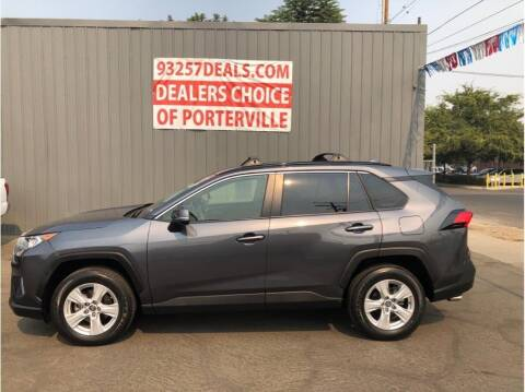 2019 Toyota RAV4 for sale at Dealers Choice Inc in Farmersville CA
