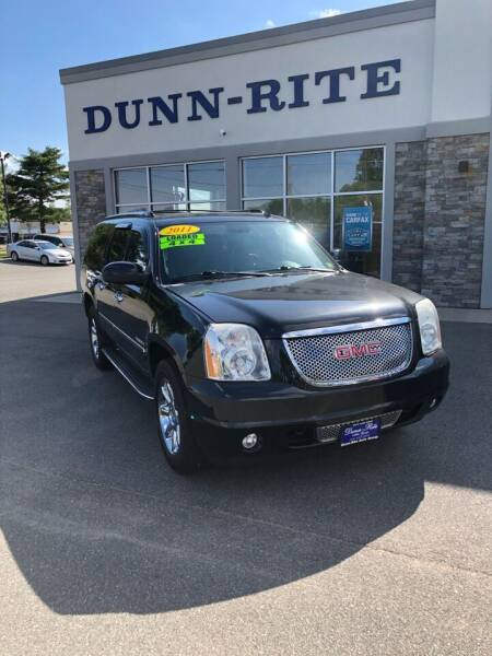 2011 GMC Yukon XL for sale at Dunn-Rite Auto Group in Kilmarnock VA