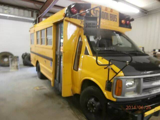 2000 Chevrolet Express for sale at Interstate Bus Sales Inc. in Wallisville TX
