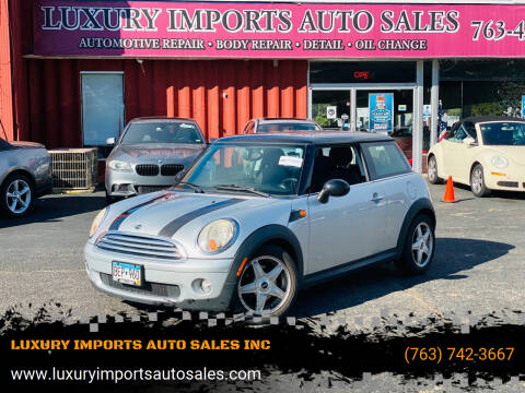 2009 MINI Cooper for sale at LUXURY IMPORTS AUTO SALES INC in North Branch MN