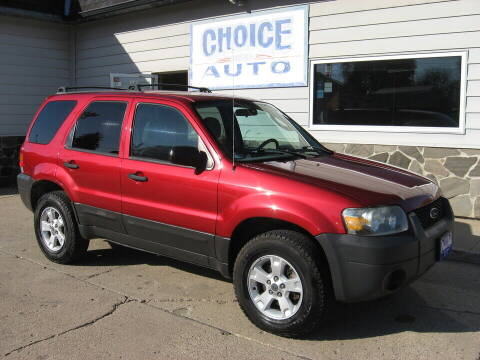 2005 Ford Escape for sale at Choice Auto in Carroll IA