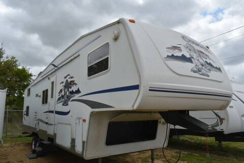 2004 Forest River Cougar 31BH for sale at Buy Here Pay Here RV in Burleson TX