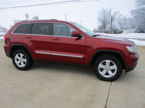2013 Jeep Grand Cherokee for sale at Crossroads Used Cars Inc. in Tremont IL