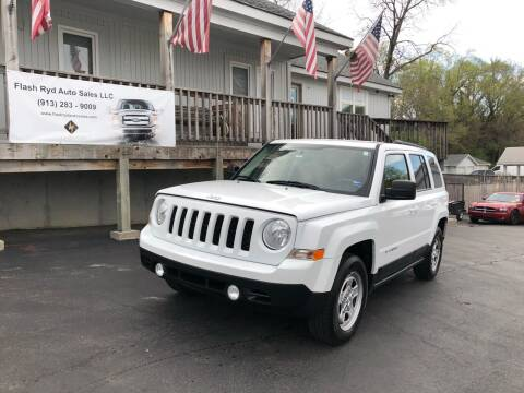 2013 Jeep Patriot for sale at Flash Ryd Auto Sales in Kansas City KS