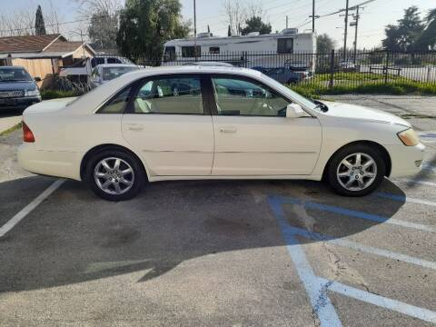 2001 Toyota Avalon for sale at RN AUTO GROUP in San Bernardino CA