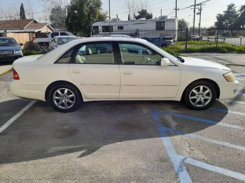 2001 Toyota Avalon for sale at RN AUTO GROUP in San Bernardino CA