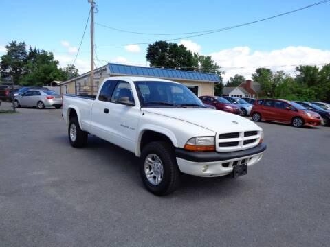 2002 Dodge Dakota for sale at Supermax Autos in Strasburg VA
