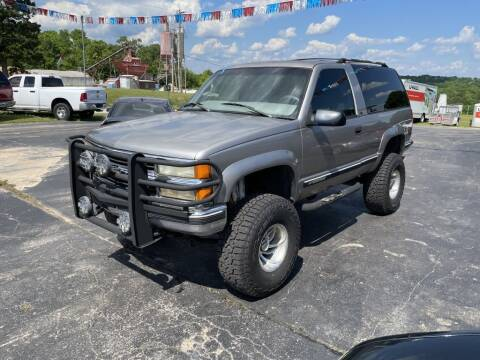 1999 Chevrolet Tahoe for sale at EAGLE ROCK AUTO SALES in Eagle Rock MO