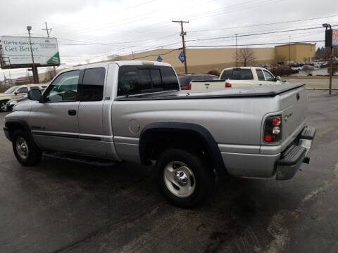 2001 Dodge Ram Pickup 1500 for sale at Country Auto Sales in Boardman OH