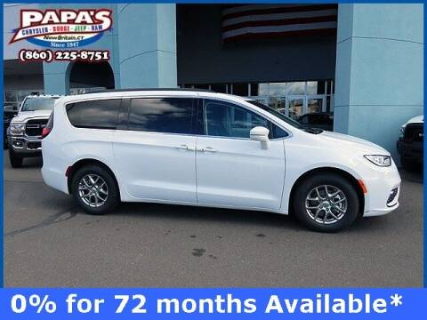 2021 Chrysler Pacifica for sale at Papas Chrysler Dodge Jeep Ram in New Britain CT