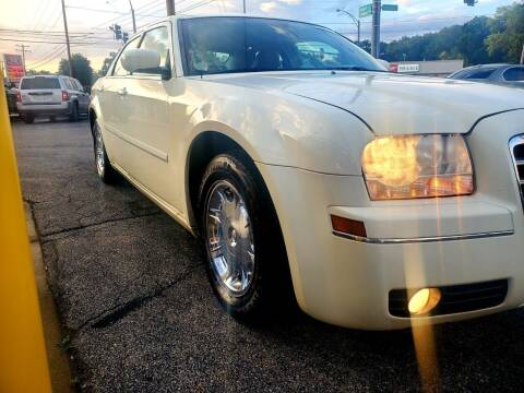 2005 Chrysler 300 for sale at H4T Auto in Toledo OH