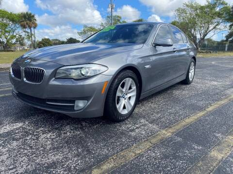 2013 BMW 5 Series for sale at Lamberti Auto Collection in Plantation FL