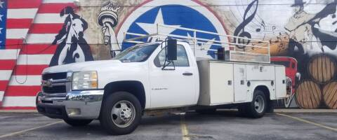 2009 Chevrolet Silverado 3500HD CC for sale at G T Auto Group in Goodlettsville TN
