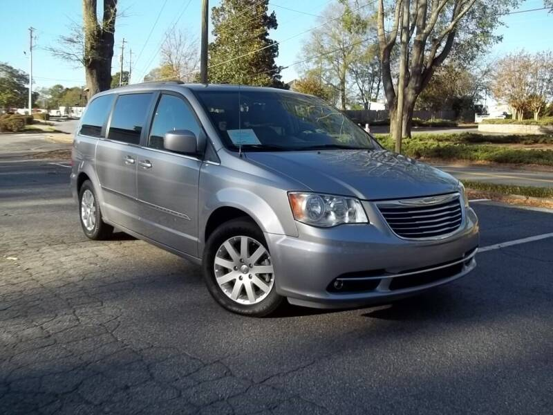 2016 Chrysler Town and Country for sale at CORTEZ AUTO SALES INC in Marietta GA