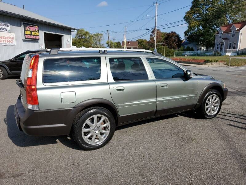 2007 Volvo XC70 for sale at MY USED VOLVO in Lakeville MA