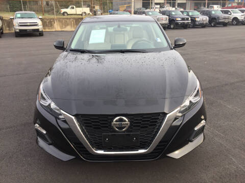2020 Nissan Altima for sale at Beckham's Used Cars in Milledgeville GA