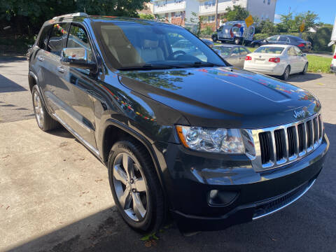 2011 Jeep Grand Cherokee for sale at Discount Auto Sales & Services in Paterson NJ