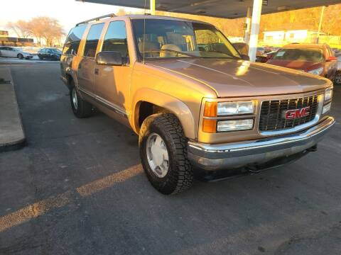 1996 GMC Suburban for sale at Lewis Blvd Auto Sales in Sioux City IA