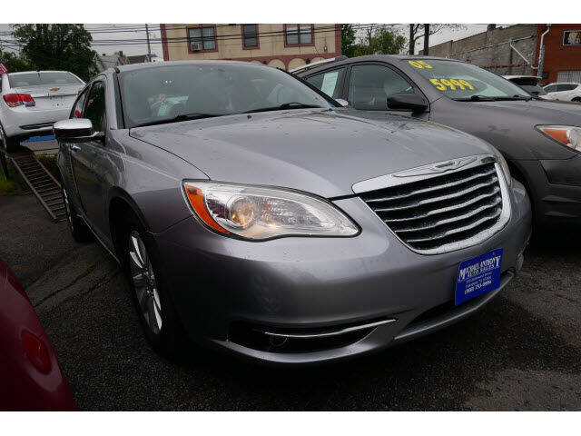 2013 Chrysler 200 for sale at MICHAEL ANTHONY AUTO SALES in Plainfield NJ