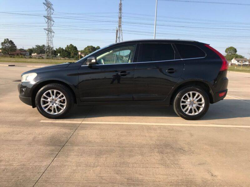 2010 Volvo XC60 for sale at ALL AMERICAN FINANCE AND AUTO in Houston TX