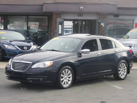 2014 Chrysler 200 for sale at Lynnway Auto Sales Inc in Lynn MA