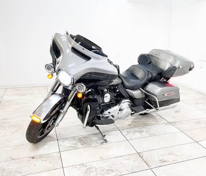 2016 Harley-Davidson FLHTK ELECTRA GLIDE ULTRA LIMI for sale at Elegant Auto Sales in Rancho Cordova CA