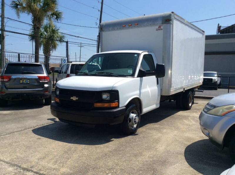 2015 Chevrolet Express Cutaway for sale at Car City Autoplex in Metairie LA
