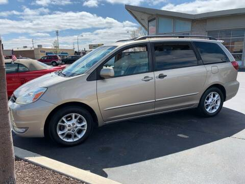 2005 Toyota Sienna for sale at Rick Herter Motors in Loves Park IL