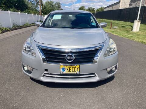 2015 Nissan Altima for sale at Michaels Used Cars Inc. in East Lansdowne PA