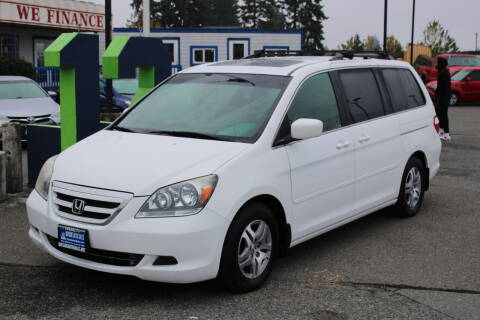 2006 Honda Odyssey for sale at BAYSIDE AUTO SALES in Everett WA