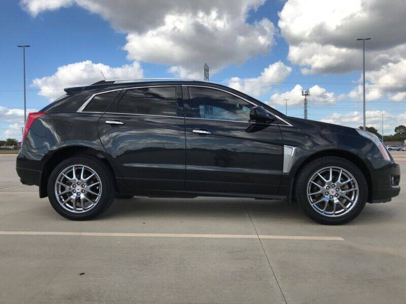 2014 Cadillac SRX for sale at ALL AMERICAN FINANCE AND AUTO in Houston TX