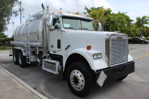 2009 Freightliner FLD120 SD for sale at Truck and Van Outlet in Miami FL
