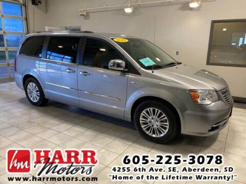 2014 Chrysler Town and Country for sale at Harr Motors Bargain Center in Aberdeen SD