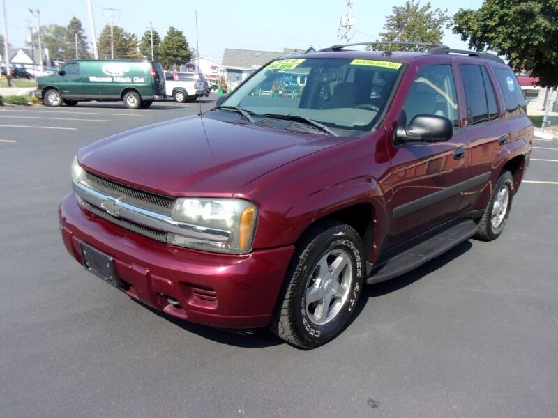 2005 Chevrolet TrailBlazer for sale at Ideal Auto Sales, Inc. in Waukesha WI