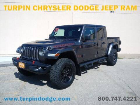 2020 Jeep Gladiator for sale at Turpin Dodge Chrysler Jeep Ram in Dubuque IA