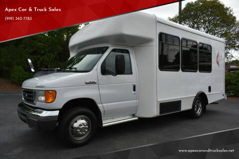 2006 Ford E-Series Chassis for sale at Apex Car & Truck Sales in Apex NC