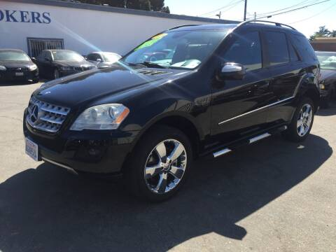 2009 Mercedes-Benz M-Class for sale at Oxnard Auto Brokers in Oxnard CA