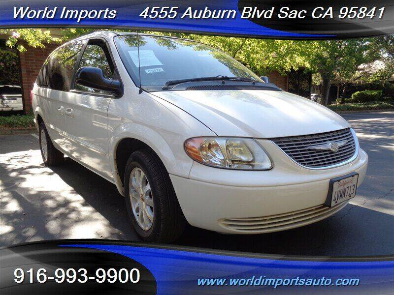 2002 Chrysler Town and Country for sale at World Imports in Sacramento CA