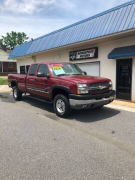 2004 Chevrolet Silverado 2500HD for sale at BRIDGEPORT MOTORS in Morganton NC