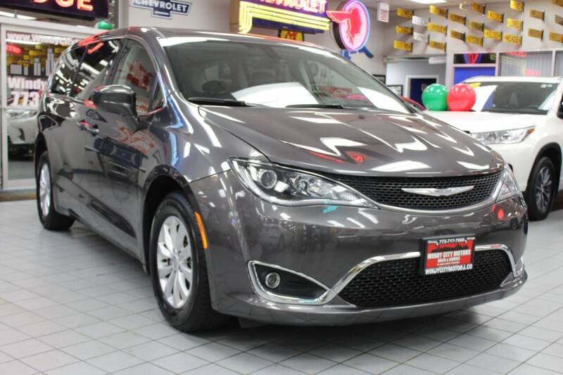 2018 Chrysler Pacifica for sale at Windy City Motors in Chicago IL
