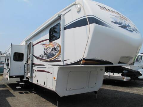2013 Keystone HICKORY 37 for sale at Oregon RV Outlet LLC - 5th Wheels in Grants Pass OR